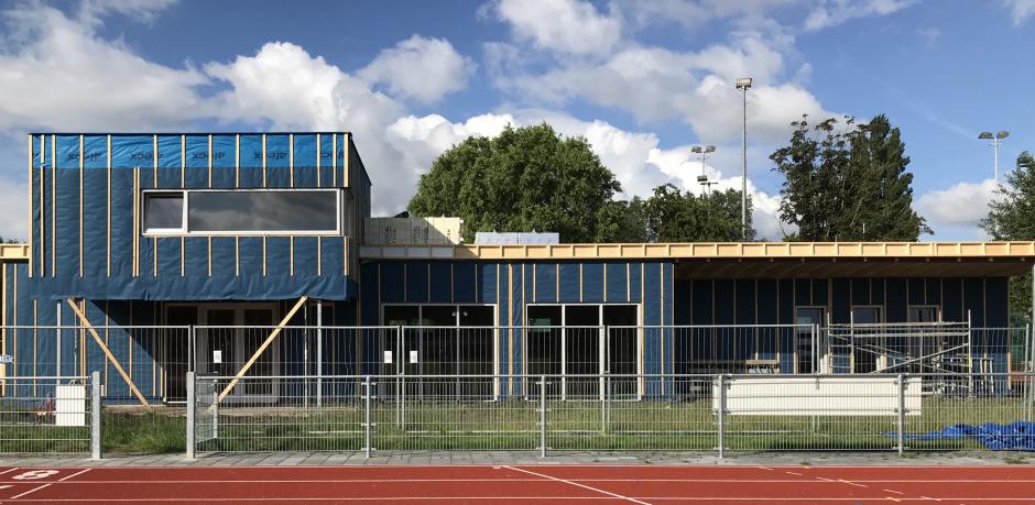 clubgebouw_frontaal_2.jpg