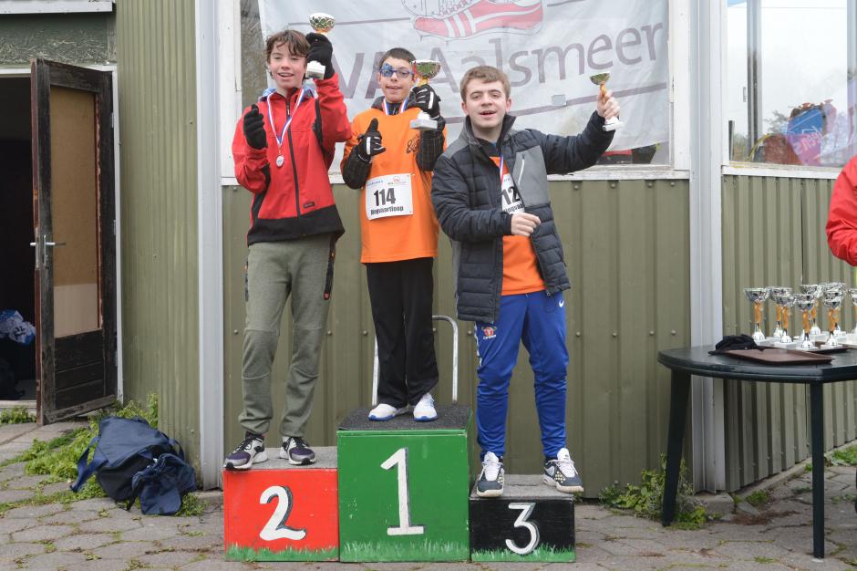 g_run_podium_2.jpg